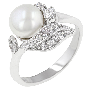 Antique Style PEARL Ring (size: 08)